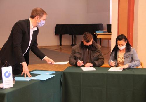 Dodijeljena 41 stipendija učenicima obrtničkih zanimanja, priopćenje (1)