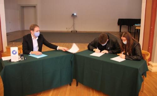 Dodijeljena 41 stipendija učenicima obrtničkih zanimanja, priopćenje (12)