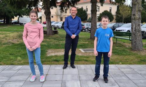 Drzavni prvaci Ozana Margotic i Ivano Lukacevic sa svojim mentorom Dejanom Drabicem (2)