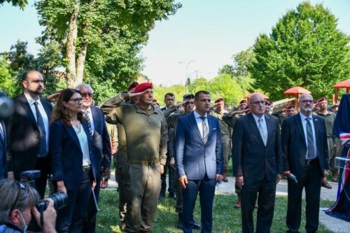 Oruzane-snage-Republike-Hrvatske-i-Izraelskih-obrambenih-snaga-otkrile-spomen-obiljezje-Hanni-Szenes-10