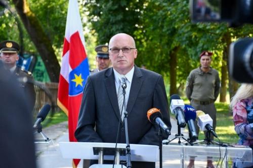 Oruzane-snage-Republike-Hrvatske-i-Izraelskih-obrambenih-snaga-otkrile-spomen-obiljezje-Hanni-Szenes-15