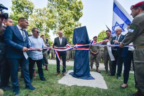 Oruzane-snage-Republike-Hrvatske-i-Izraelskih-obrambenih-snaga-otkrile-spomen-obiljezje-Hanni-Szenes-18