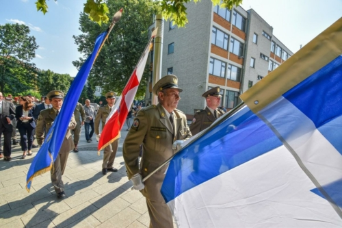 Oruzane-snage-Republike-Hrvatske-i-Izraelskih-obrambenih-snaga-otkrile-spomen-obiljezje-Hanni-Szenes-7