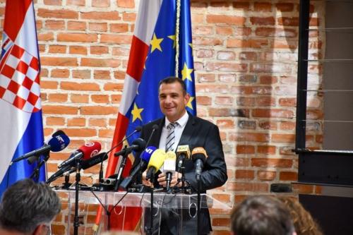 Sluzbeno-otvorena-Riznica-Medimurja-projekt-vrijedan-vise-od-40-milijuna-kuna-kojim-je-obnovljen-najvrjedniji-spomenik-hrvatske-kulturne-bastine-16-Copy